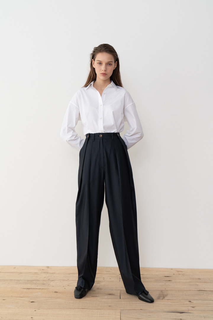 Numero 042: Button-detail Pleated Wool Slacks (2 colors)
