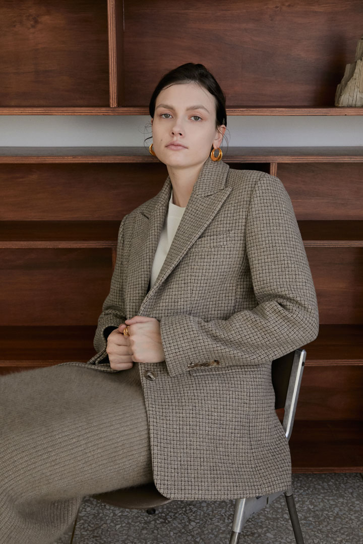 Numero 069: Asymmetric Pockets Wool Jacket (Beige Check)
