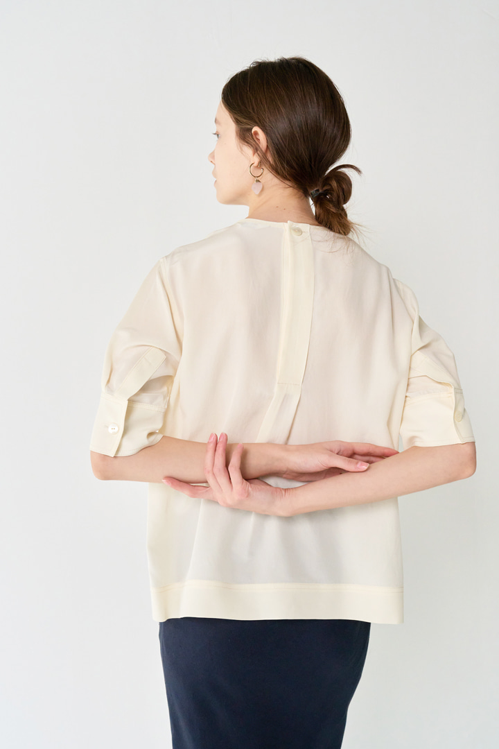 Numero 078: Back-button Italy Silk 100% Blouse (2 colors)