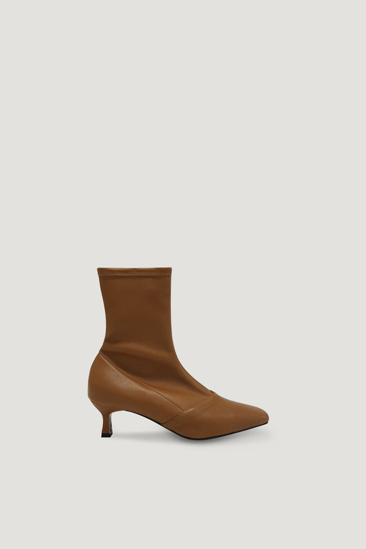 Pernell Ankle Boots (Brown)