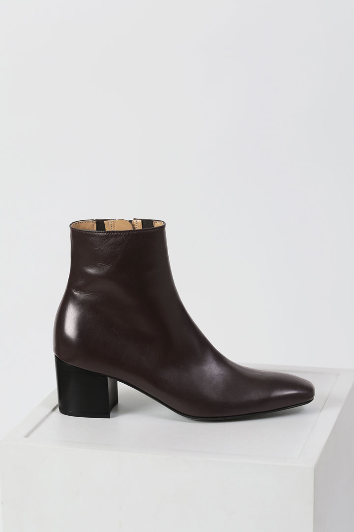 Milo Leather Ankle Boots - Blood