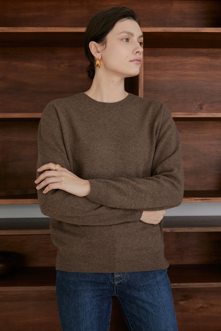 Numero 056: Cashmere 100% Crew-neck Knit (2 colors)