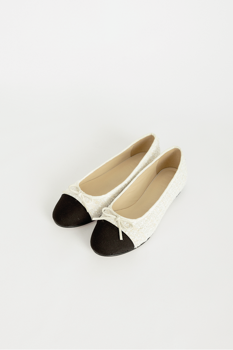 Julienne Flat Shoes (Cream Tweed)
