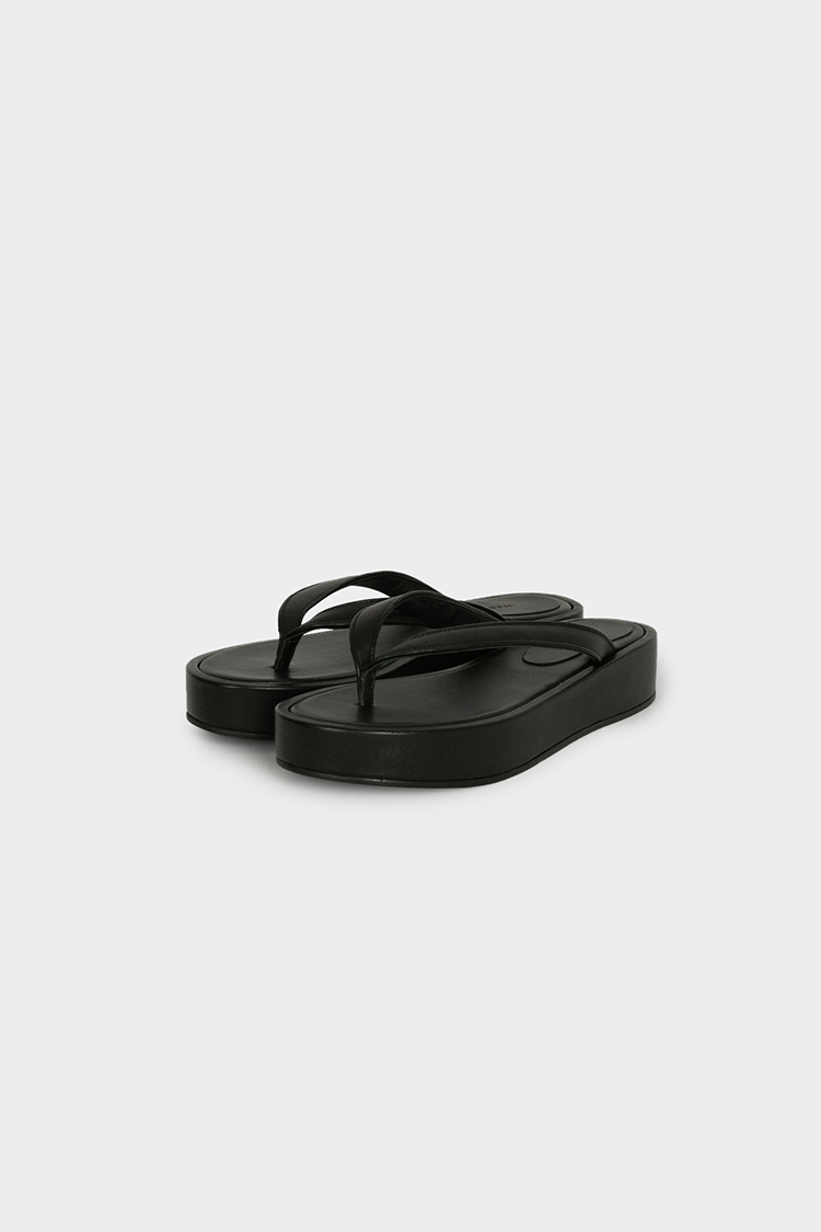 Nappa Leather Platform Flip Flops (Black)